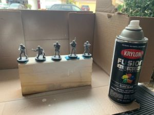 Priming Miniatures